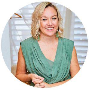 dr abbie acupuncture - best cosmetic acupuncture melbourne - gua sha melbourne - practitioner trainer
